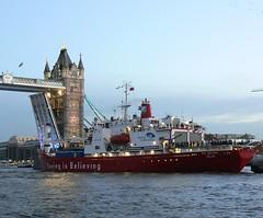 S.A. Agulhas (2) @ Tower Bridge 03-12-12 (AJBC_1) Tags: uk england london towerbridge unitedkingdom riverthames shipsatnight saagulhas polarresearchvessel thecoldestjourney ajc ajc