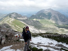 Edita on the summit plateau of Pizzo Cefalone, with Monte Corvo behind (markhorrell) Tags: italy walking abruzzo gransasso apennines pizzocefalone