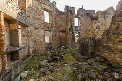 _Q8B0349.jpg (sylvain.collet) Tags: france ruines ss nazis tuerie massacre destruction horreur oradour histoire guerre barbarie