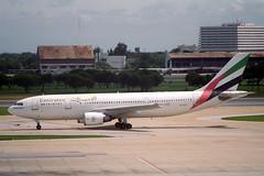 A6-EKC Airbus A.300B4-605R Emirates (pslg05896) Tags: a6ekc airbus a300 emirates bkk vtbd bangkok donmuang