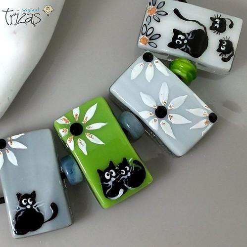 TRIZAS-ORIGINAL Handmade lampwork fused bead -cats-TOS0310