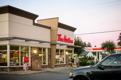 Tim Hortons in Abbotsford, British Columbia (49er Badger) Tags: timhortons doughnuts bc esso