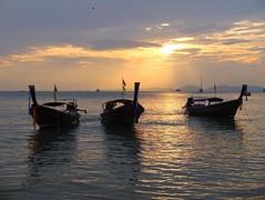 Golden Sunset (stardex) Tags: krabi sunset sky dusk boat beach sea cloud aonangbeach aonang thailand