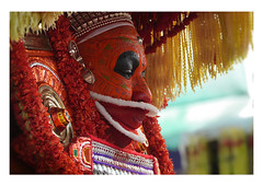 the theyyam dancer prepares (handheld-films) Tags: india theyyam dancer portrait portraiture vishnumurti kerala traditional dance face paint painted closeup indian subcontinent williamdalrympole ninelives documentary hindu vishnu vaishnava