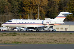 Private N24FE (Drewski2112) Tags: seattle county field airport king international boeing 300 challenger bombardier bfi kbfi cl30 n24fe