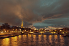 Golden Paris (espinozr) Tags: longexposure bridge sunset paris france reflection tower monument seine night ro river puente atardecer gold golden noche torre meetup cloudy monumento eiffeltower eiffel fav20 71 reflejo bluehour uncool francia 2012 pars dorado oro sena pontalexandreiii largaexposicin fav10 cool7 cool8 iceboxcool theparisphotographymeetupgroup