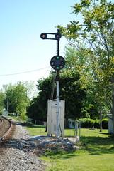 CSX_Wapakoneta-OH_AK_ApproachMediumSBsignal_051112-1 (C Telles) Tags: railroad light ohio color train ak bo siding signal position cpl csx wapakoneta