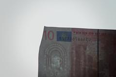 Schein (Seppel (Sebastian)) Tags: licht euro 10 geld gegenlicht wasserzeichen falschgeld hsschein