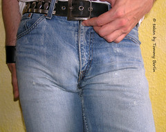 Typen1118 (Tommy Berlin) Tags: men jeans levis bulge