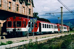 Puigcerd 25.08.2002 (The STB) Tags: delta renfe puigcerd renfe440