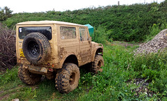 Suzuki LJ80 (Simon Didmon) Tags: road jeep mud 4x4 lj rover off land suzuki muddy