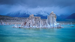 Monolake (karjul) Tags: california usa see wasser salt april bluehour monolake amerika 2012 kalifornien ort langzeitbelichtung longtimeexposure salz leevining monocounty nordamerika nevada1 mygearandme blinkagain