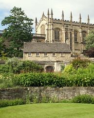 war memorial garden / christ church cathedral