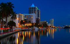 Miami beach, cloudless and blue (Marc.van.Veen) Tags: miami blue lights reflection marcvanveen