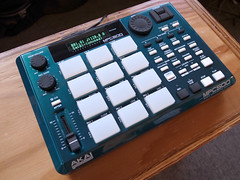 _0040243 (ghostinmpc) Tags: akai mpc500 ghostinmpc custommpc