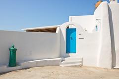 IMG_2010_casa_bianca (eMuFo) Tags: house white italy panarea