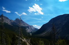 Icefield Parkway (Kristian Francke) Tags: icefield parkway jasper canada alberta road mountains blue green tree trees forest scree highway cars park national pentax tamron rocky