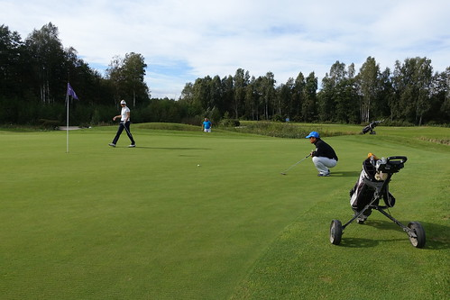 Networking golf (6)