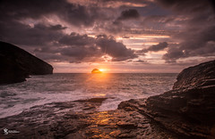 Sunset on the rocks. (Simon Rich Photography) Tags: trebarwith strand cornwall sun sunset sea coast atlantic ocean coastline jurassic rocks long exposure clouds sky seascape landscape evening sundown simonrich simonrichphotography mrmonts canon