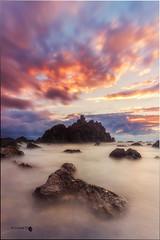 Meakoz (Caramad) Tags: mar landscape sunset meakoz olas puestadesol light agua longexposure marina rocks wate wave sea seascape rocas marcantbrico espaa playa