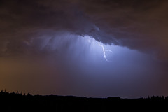 Orage  Beaucaire (Asmkv) Tags: gard languedocroussillon lightning orage clair