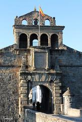 Ciudadela de Jaca (Noemí pl.) Tags: jaca huesca aragón ciudadela lugardebatallas histórico entrada puerta
