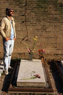 CIMITERO: Ross CARE at the Grave of STRAVINSKY, Venice