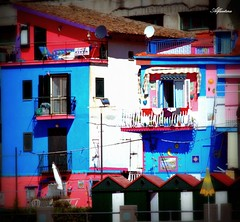 ...colored houses...