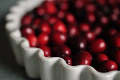 Jhvikad (anuwintschalek) Tags: autumn home kitchen austria herbst cranberries 40mm kche niedersterreich kodu interiour sgis wienerneustadt micronikkor kk nikond90 jhvikad sumpfbeeren