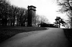 Fort Foster Tower (pineconemonk) Tags: leica bw copyright green film digital 35mm millennium summicron filter 200 f2 asph act leitz dmca fomapan ggr shotonleicam6classic35mmsummicronasphprocessedbyswanphotolabsinclaytonf76developer
