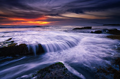 Lima (eggysayoga) Tags: longexposure blue sunset sky bali cloud seascape motion beach rock indonesia landscape golden nikon lima magic tripod ss hard wave tokina filter le 09 lee hour nd pantai graduated waterscape gnd seseh 1116mm pererenan d7000