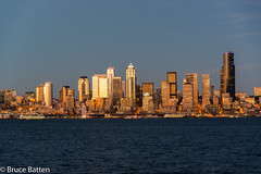 160329 Seattle-05.jpg (Bruce Batten) Tags: usa washington northpacificocean sunsets subjects reflections cloudssky atmosphericphenomena boats businessresearchtrips locations trips occasions oceansbeaches urbanscenery pugetsound buildings vehicles seattle unitedstates us