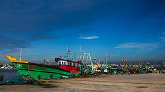Kasimedu_Tamilnadu, India (P Meenakshi Sundaram) Tags: kasimedu mychennai ilovechennai mychennaifacebook trawler chennai india bayofbengal tricolour blue ocean fisherman fishingtrawler r32 sos