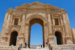 Jerash, Gerasa, Jordan, A closer view of the main entrance (ssspnnn) Tags: gerasa jordan jordania jerash romanempire spnunes snunes spereiranunes canoneos70d