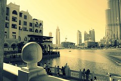 Downtown Dubai (VincePrey) Tags: burj khalifa dubai fountain buildings people persian golf