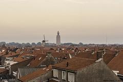 Rode daken - Red roofs (Marian Smeets) Tags: rood red dak roof westkapelle zeeland nederland netherlands dutch nikond750 mariansmeets 2016 molen mill vuurtoren lighthouse westkappelsezeedijk hethogelicht zuiderhoofd sintwillibrorduskerk