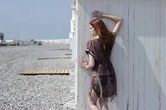 Cathel. (Nicolas Fourny photographie) Tags: canon 600d 50mm portrait portraiture womanportrait girlportrait redhead redhair cute gorgeous beautifulgirl beautifulwoman longhair outdoor beach cayeuxsurmer baiedesomme france dof depthoffield profondeurdechamp dress beautifullight spring