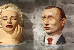 Marilyn Monroe and Vladimir Putin made from marzipan (ec1jack) Tags: marilynmonroe vladimirputin marzipan estonia tallin oldtown ec1jack kierankelly canoneos600d august september 2016 summer europe scandinavia
