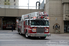CFD Aerial 1 (A01 05) (S. Neilson Photography) Tags: calgary alberta canada fire department truck rig apparatus cfd ladder quint aerial spartan gladiator smeal 105