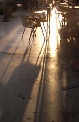cafe (the incredible how (intermitten.t)) Tags: menorca espaa balearicislands baleares illesbalears minorca eroski light shadow sunset lowlight supermerket supermarket 20151001 3094 espaa santlluis