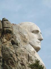 DSCF0423 (twiga_swala) Tags: south dakota mountrushmore tourist attractions iconic sculpture mountain carving presidents heads faces relief southdakotausanorthamericapenningtoncountyblack hills town small americana resort
