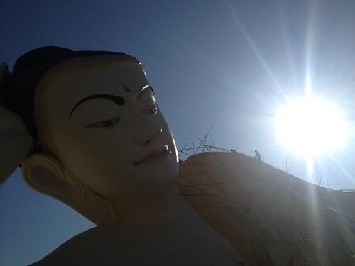 涅槃と太陽