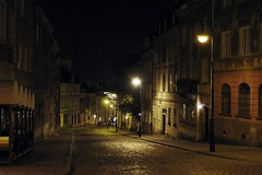 old street at night... (green_lover (your COMMENTS are welcome!)) Tags: street warsaw warszawa newtown theoldtown night lamps lights history architecture vanishingpoint lamppost sidewalk