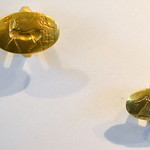 Gold signet rings from the Aidonia Treasure thumbnail