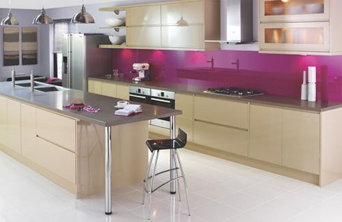What to Think About When Choosing Kitchen Splashbacks