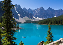 Moraine Lake (fuerst) Tags: travel mountain canada nature berg landscape see natur alberta wilderness landschaft reise kanada banffnationalpark gebirge morainelake