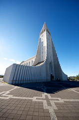 Hallgrmskirkja (Rukasu1) Tags: plaza church iceland nikon cathedral capital sigma reykjavik hallgrmskirkja 2012 icelandic d5000 816mm nikond5000