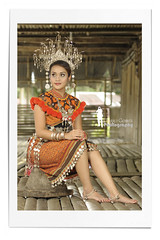 Sarawak Ethnic Costume - The Iban Series (Ringgo Gomez) Tags: 1001nights nikon80200mm anawesomeshot flickraward malaysianphotographers elitephotography nikond700 sarawakborneo 1001nightsmagiccity flickraward5 flickrawardgallery