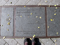 Joe Strummer Plaque (trailerfullofpix) Tags: uk england london plaque geotagged unitedkingdom guesswherelondon londonguessed elginavenue 2012 joestrummer gwl maidahill harrowroad guessedbynolionsinengland waltertonroad geo:lat=51524518839156535 geo:lon=020132660865783691 openplaques:id=10990