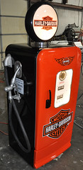 "Gas Pump Style Vintage Refrigerator Kegerator • <a style=""font-size:0.8em;"" href=""http://www.flickr.com/photos/85572005@N00/8224556962/"" target=""_blank"">View on Flickr</a>"